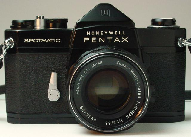 Spotmatic with Super-Multi-Coated Takumar 55mm f/1.8 (non-standard lens) - Click to Enlarge
